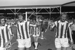 stoke city Old neg 1973/74 watney cup